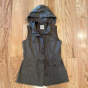 Women's Hooded Army Green Utility Vest